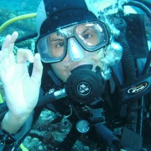 Diver makes OK sign, La Palma